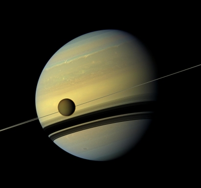 iew of Titan and Saturn