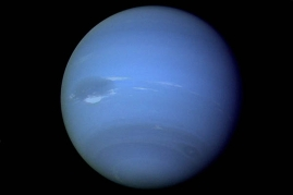 neptune-possible-comet-impact-100722-02